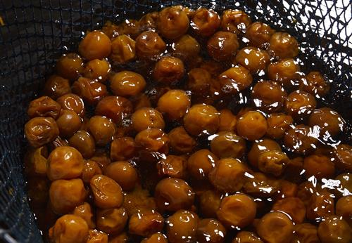 果実の風味と爽やかな酸味が引立つ日本酒ベースのリキュール